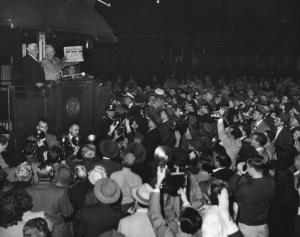 Dewy Defeats Truman